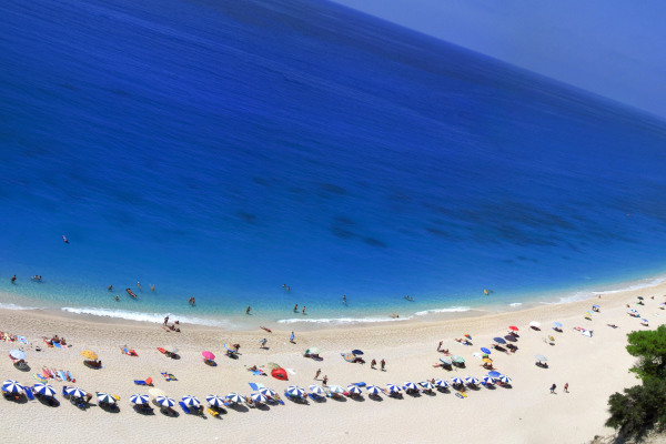 A panoramic photo of the famous beach of Lefkada called Egremni.