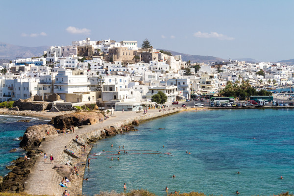 A photo showing a part of the main settlement of Naxos (Chora) taken from the hill of the Portara monument.