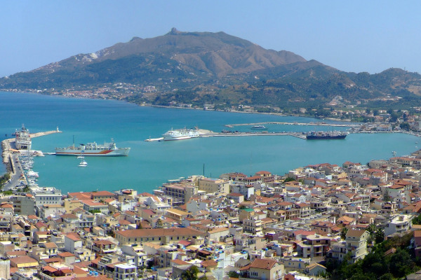 A panoramic picture showing the town and the port of Zakynthos.