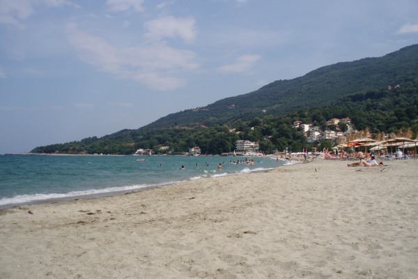An image that depicts a part of the beach of Stomio in the region of Agia (Evrymenes).
