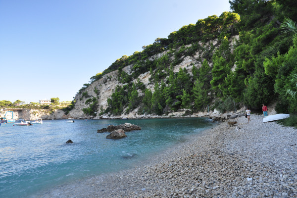 A photo of the Patitiri beach on the island of Alonnisos.
