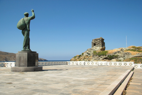 The statue dedicated to the Unknown Sailor that is located in Andros Town.