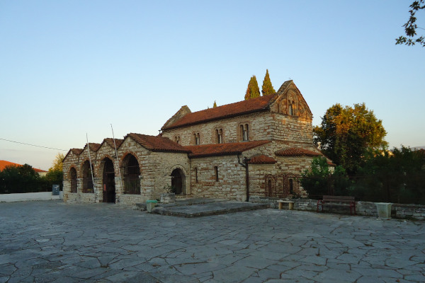 A picture showing the yard and the Byzantine Church of Saint Theodora in Arta.