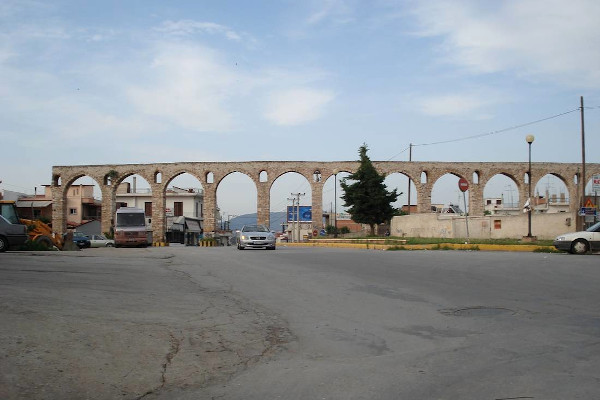 A photo of the arches of the Roman Aqueduct of Chalkida.