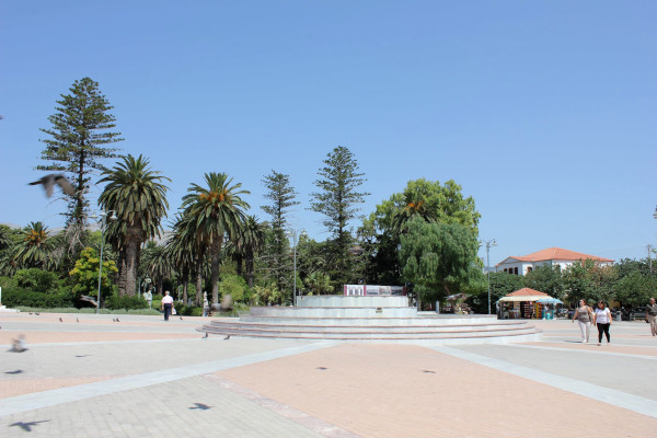 A photo showing the  Main Square (Vounakiou) of Chios town.