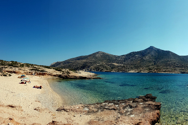A picture of the Trypiti beach on Donousa island.