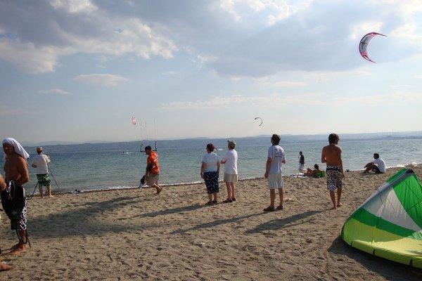 The parakiting international competition on the beach of Eretria, Evia.