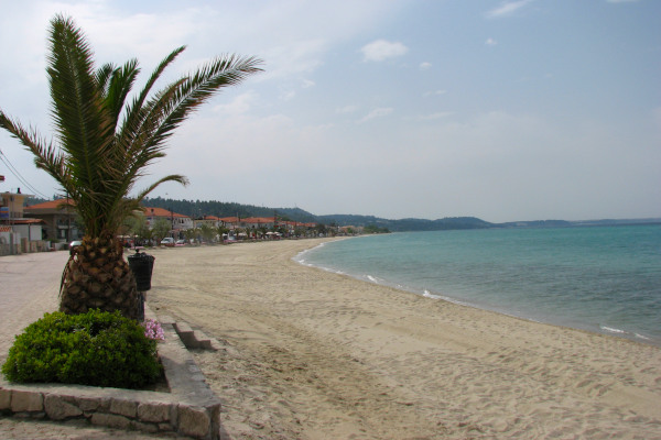 A photo showing the beach of Polychrono in Halkidiki.
