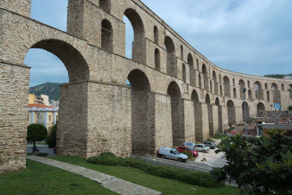 A picture showing from a closer distance the ancient aqueduct of Kavala.