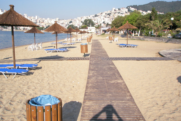 A picture of the Perigiali Beach at the city of Kavala.