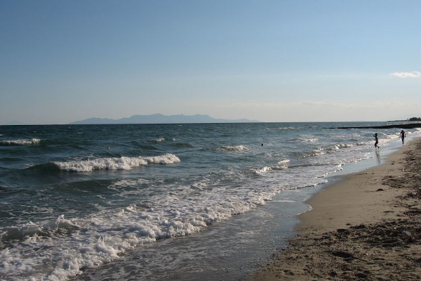 A photo showing the beach of Mesis at Rhodope area.