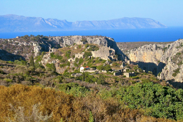 The ruins of the abandoned town of Palaiochora in Kythira.