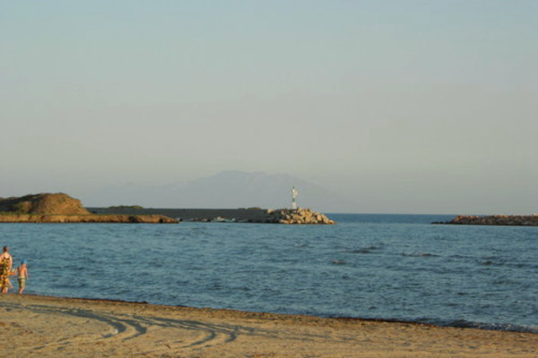 A picture showing partly the Imeros Beach at Maroneia and a part of Imeros port.