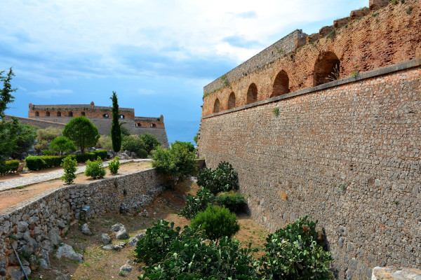A photo showing the walls and the facilities of the Fortress of Palamidi in Nafplio.