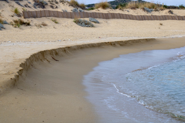 A picture showing a part of the sandy beach at Ammolofoi at Nea Peramos.