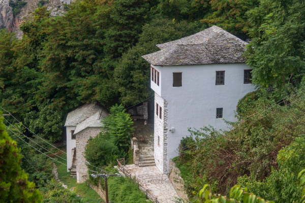 An overview of the Topali mansion in Makrinitsa that hosts the Folk Art & History Museum of Pelion.