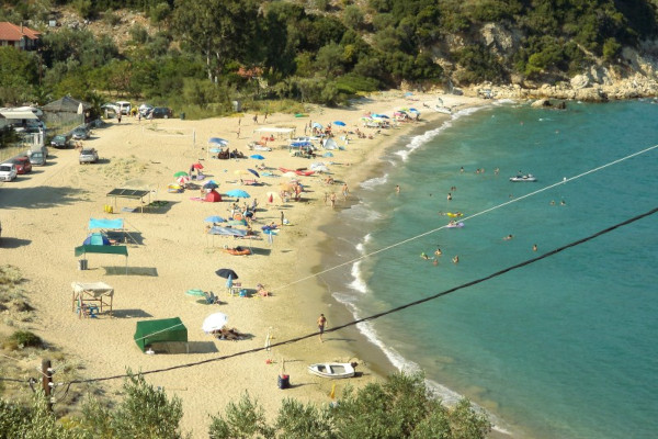An overview of the Kastri Beach on South Pelion.