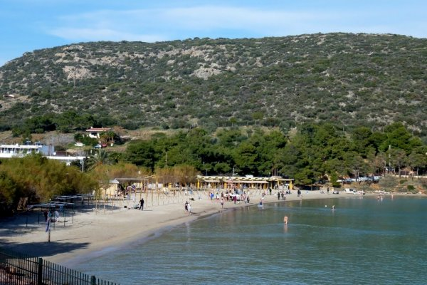 A panoramic image showing the Avlaki Beach at Porto Rafti in Attica.