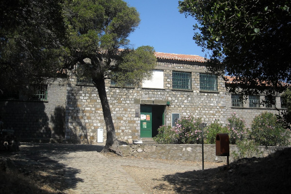 The exterior and the main entrance of the Archaeological Museum of Samothraki.