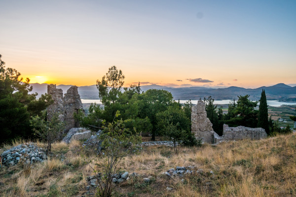 The remains of the Byzantine fortified castle of Servia.