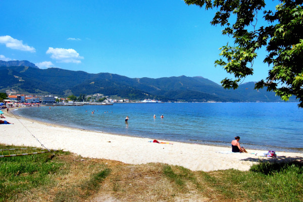 A photo showing the beach of Old Thasos Port (Limanaki).