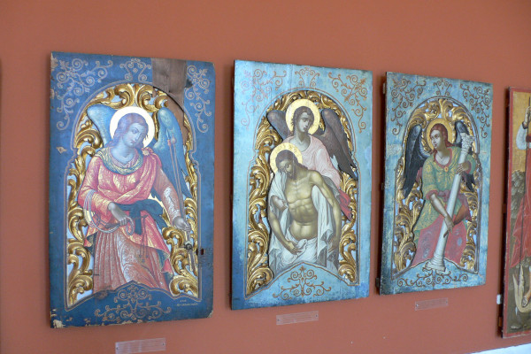 Icons hosted as artifacts in the Byzantine Museum of Zakynthos.